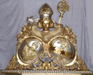 镀金手雕刻的俄罗斯徽章雕塑鹰