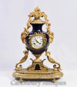法国帝国地幔时钟Ormolu和瓷钟